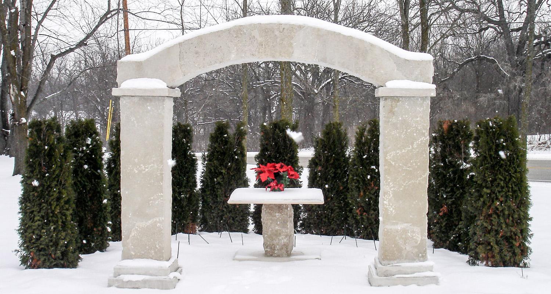 5728_Valders Custom Archway