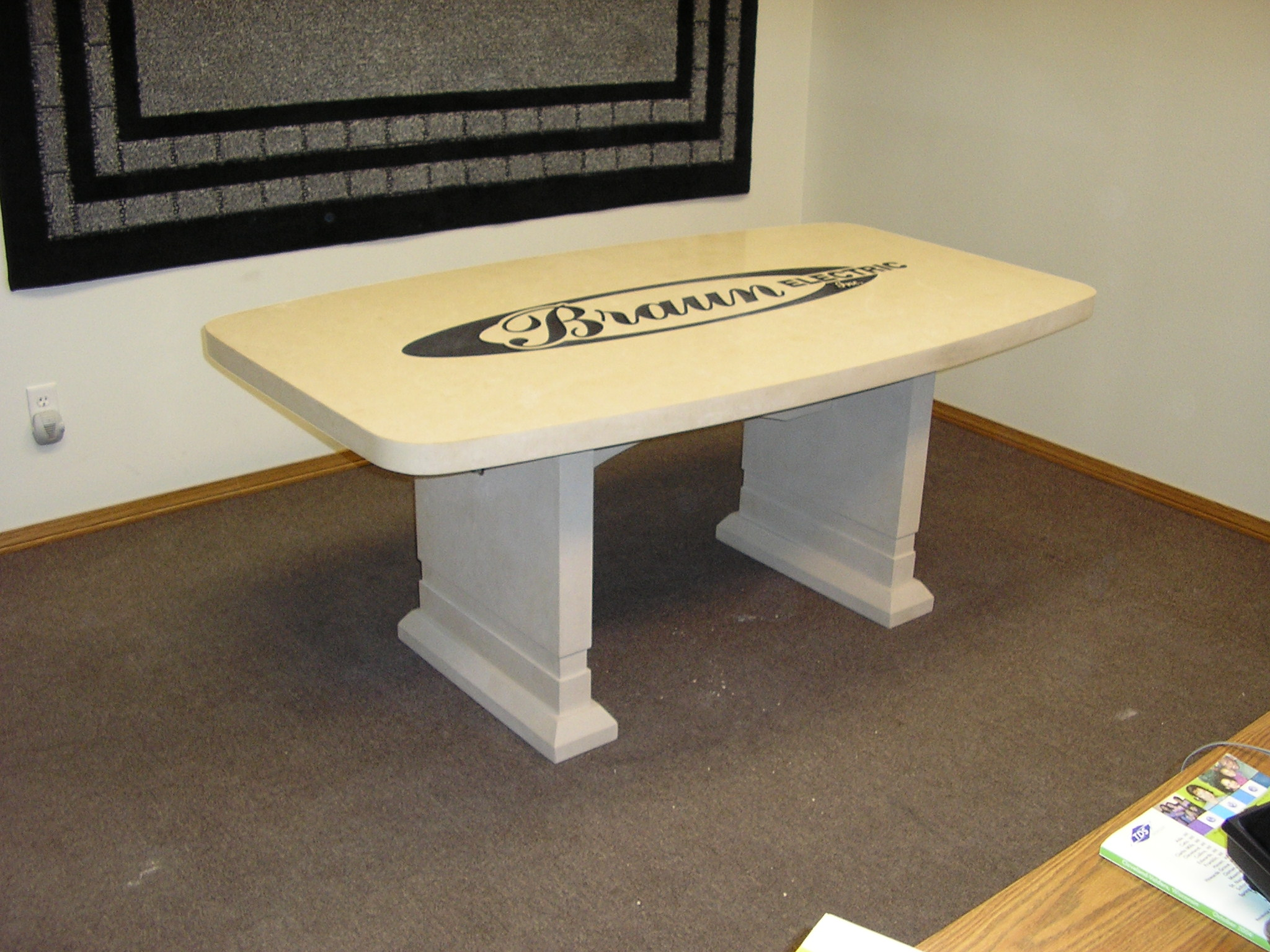 5817_Valders Custom Conference Table
