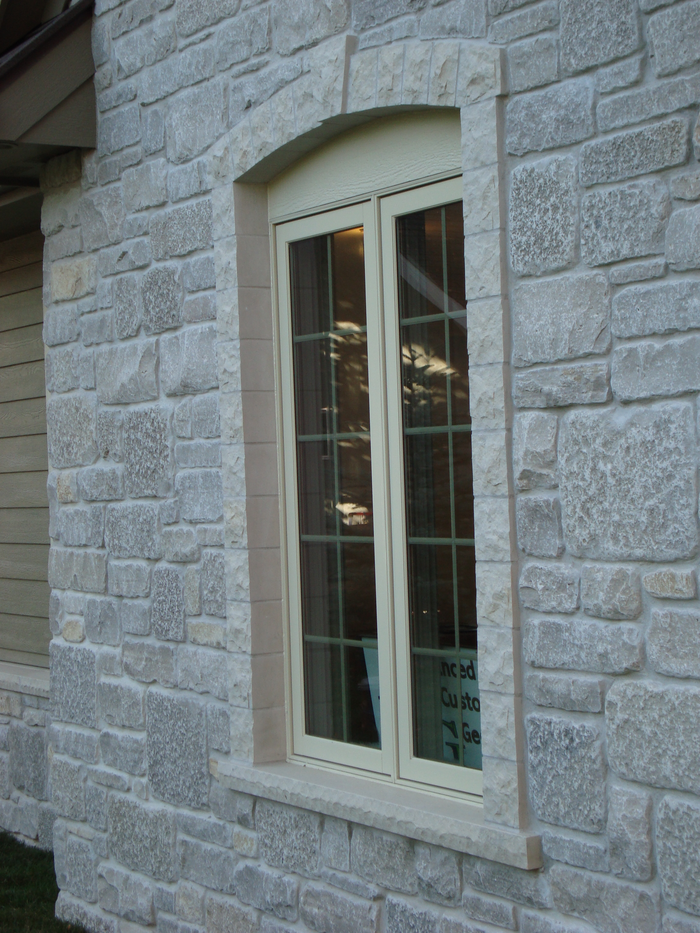 5780_Valders Window Surrounds
