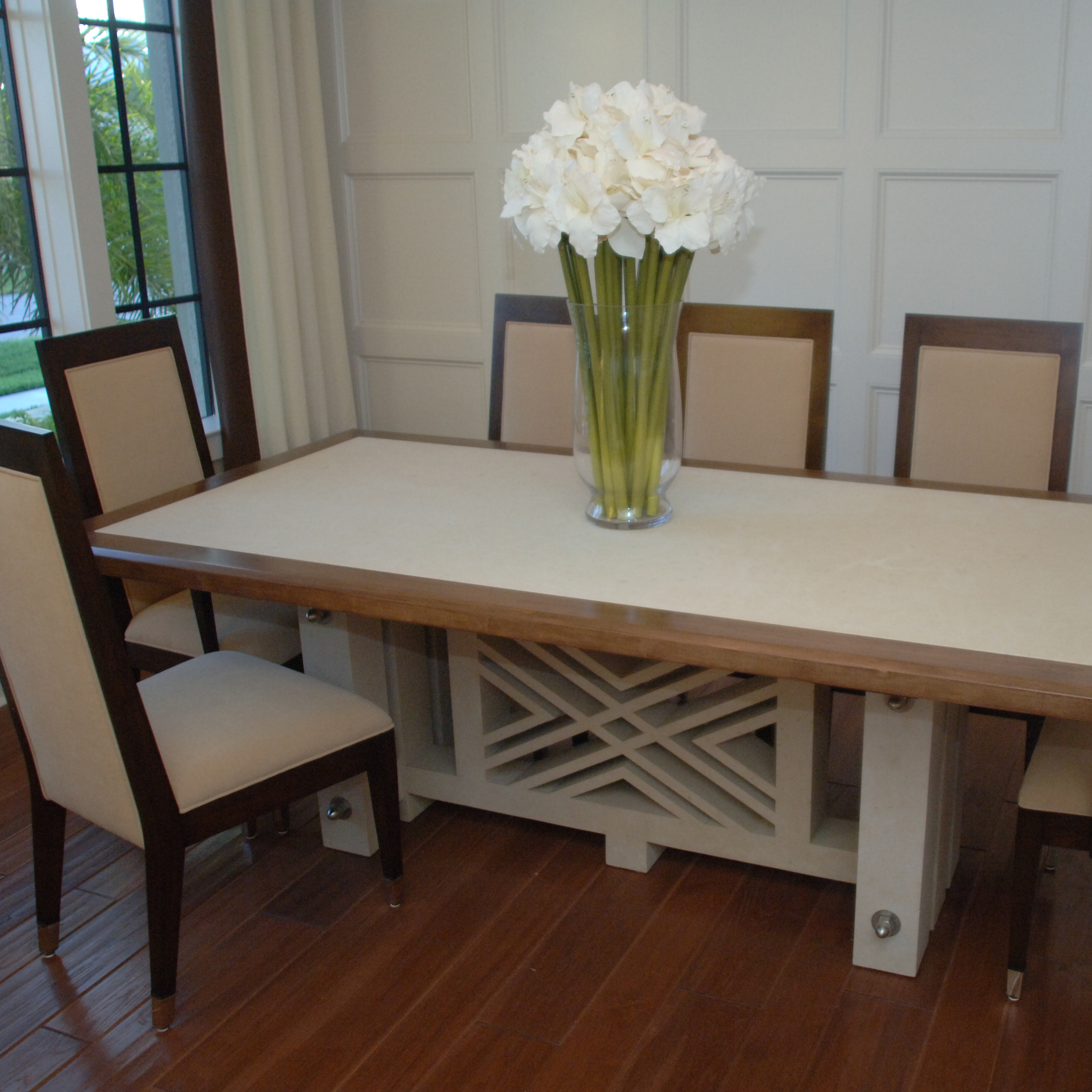 5923_Valders Custom Table