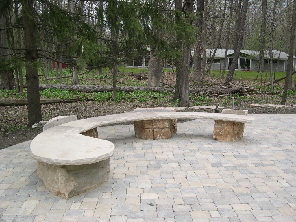 5792_Outcropping Bench